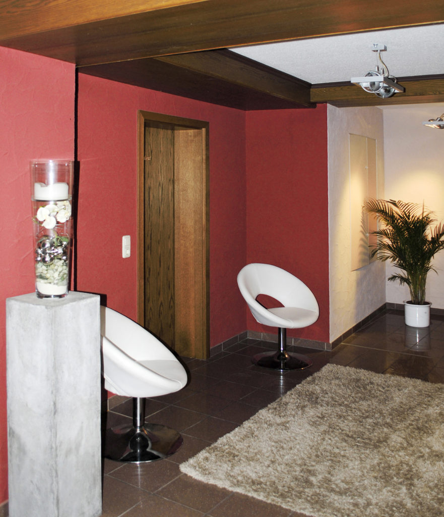 Wandgestaltung Rote Couch Rot Jtleigh Hausgestaltung Ideen